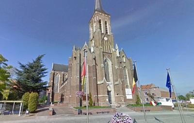 Беженец ранил ножом бельгийского священника