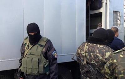 Зона в войне. Как возвращают заключенных из Донбасса
