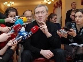 Черновецкий пригласил проституток на Свободу на Интере
