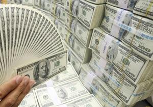 СМИ: В Киеве неизвестные вынесли из банка почти миллион долларов