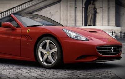 Ferrari відкликає з Китаю більш як 600 автомобілів