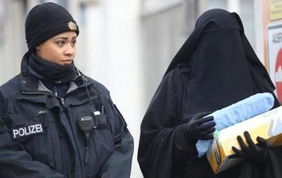 В Берлине выступили против запрета на ношение паранджи