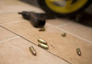 В Запорожье неизвестные обстреляли автомобиль местного бизнесмена
