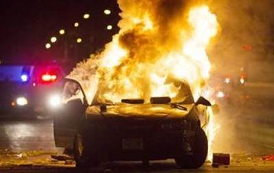 В США вспыхнули беспорядки из-за убийства темнокожего