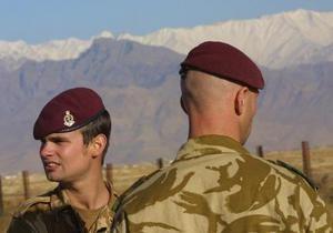 Потери Великобритании в Афганистане достигли 300 человек