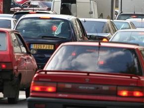 В Киеве ограничат движение по шести улицам и Южному мосту