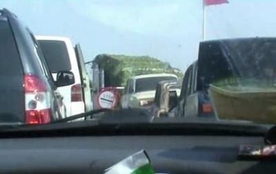 В Сети показали очереди на границе с Крымом