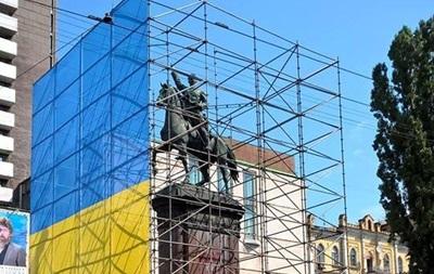 Київська влада розповіла, коли знесе Щорса