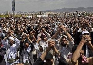 Духовные лидеры Йемена требуют отставки президента страны