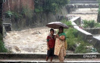 Жертвами наводнения в Индии стали 156 человек