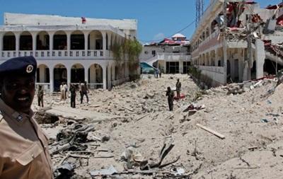 Взрыв у президентского дворца в столице Сомали: погибли 12 человек