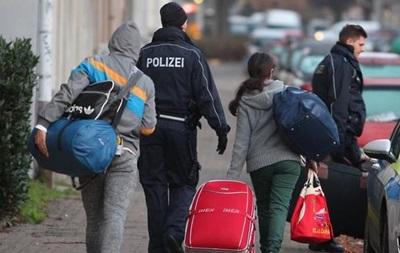 Германия хочет отправлять беженцев обратно в Грецию