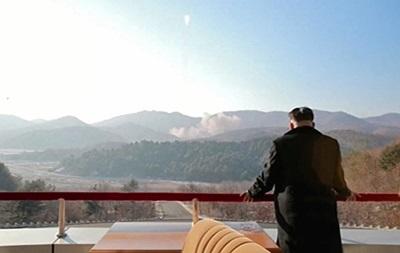 КНДР запустила три баллистические ракеты