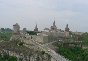 Обвал в Каменец-Подольской крепости: в мэрии не исключают, что башню повредили при реконструкции