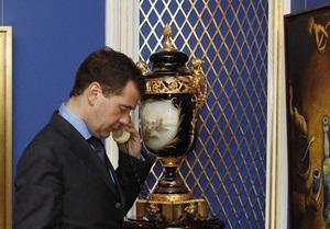 Медведев выразил соболезнования в связи с трагедией в Минске и предложил помощь