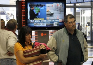 В Нью-Йорке после прошедшего урагана возобновляют свою работу аэропорты