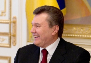 Опрос: Более половины украинцев не доверяют Януковичу