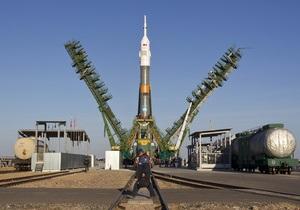 Экипажи новой экспедиции на МКС отправились на Байконур
