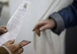 В России начнут выдавать загранпаспорта с отпечатками пальцев