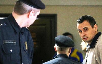 Україна ввела санкції проти суддів Сенцова й Кольченка