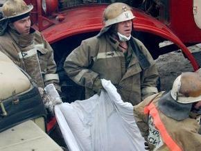 Из-под завалов обрушившейся в центре Москвы парковки спасли всех пострадавших