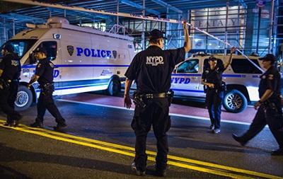 Вибухи в Нью-Йорку: затримані п ятеро осіб