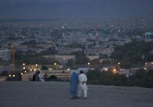 В Афганистане пропал пассажирский самолет
