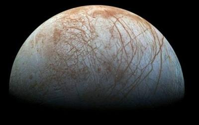 НАСА знову виявила гейзери на супутнику Юпітера