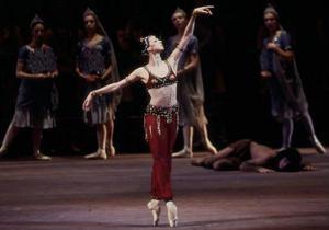 В Киеве выступит звезда мирового балета Нина Ананиашвили