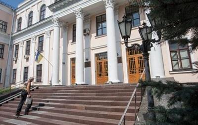 Сотрудников Минобразования обязали говорить на украинском