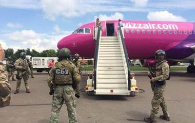 Мінера  літака в Жулянах оштрафували на 17 тисяч