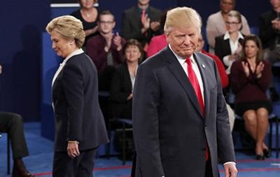 Клинтон значительно опережает Трампа – опрос