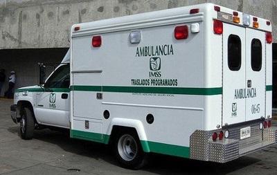 У Мексиці автобус з туристами врізався в газовоз: 12 жертв