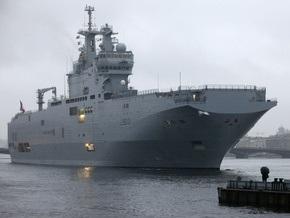 В Санкт-Петербург прибыл французский военный корабль класса Mistral