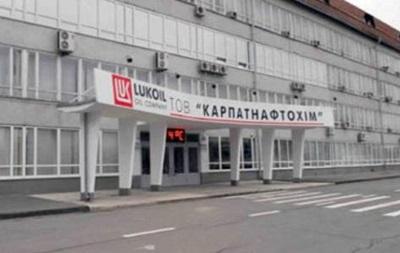 Закарпатский завод просит Порошенко восстановить торговлю с Россией