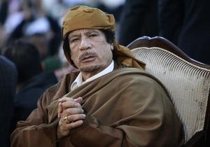 Авиация НАТО нанесла удар по резиденции Каддафи