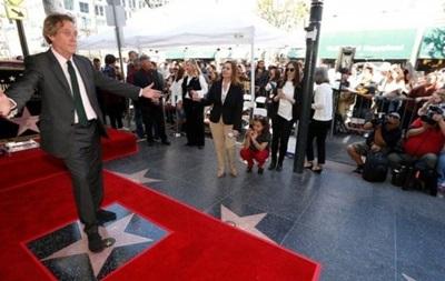 На Аллее славы в Голливуде открыли звезду Хью Лори