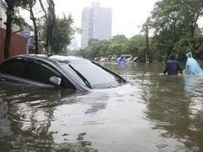 Число жертв от наводнения во Вьетнаме растет