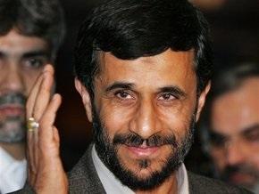 Ахмединежад прибыл на саммит ШОС