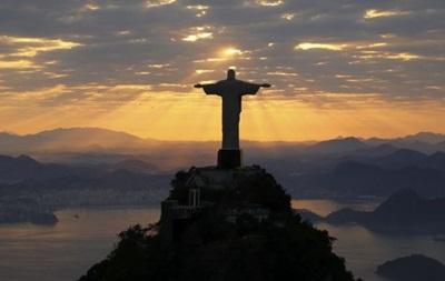 Счета госбанков Рио-де-Жанейро заморожены из-за долгов