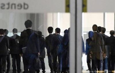 Японія: рекламне агентство обшукали через понаднормові роботи