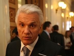 Литвин не может дозвониться Тимошенко по поводу отставки Луценко