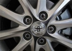 Toyota вновь отзывает более 13 тыс. внедорожников