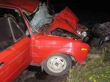 Под Харьковом пьяный стритрейсер врезался в людей: один погибший