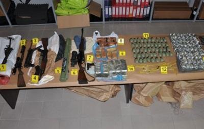 У Сербії знайшли найбільший арсенал зброї за останні 15 років