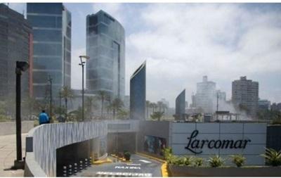 П ятеро людей загинули через пожежу в торговому центрі Ліми