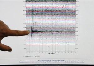 Число жертв землетрясения в Чили превысило сотню (обновлено)