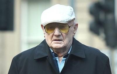 В Англии судят 101-летнего мужчину за совращение детей