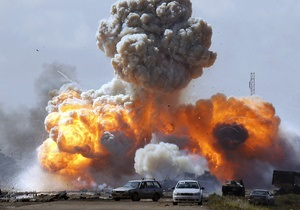 В Ливии работники телекоммуникаций образуют живой щит от авиаударов