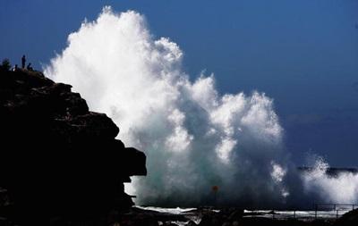 В Атлантическом океане зафиксировали рекордную волну
